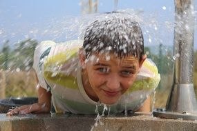 Water flowing on a child