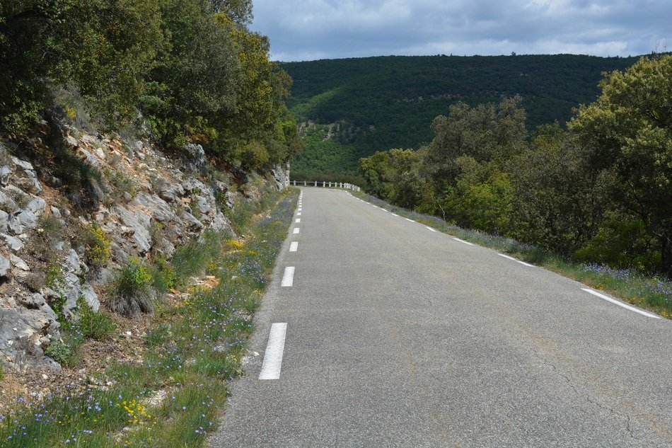 road through the gorges de la nesque