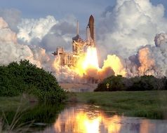 launch of atlantis space shuttle