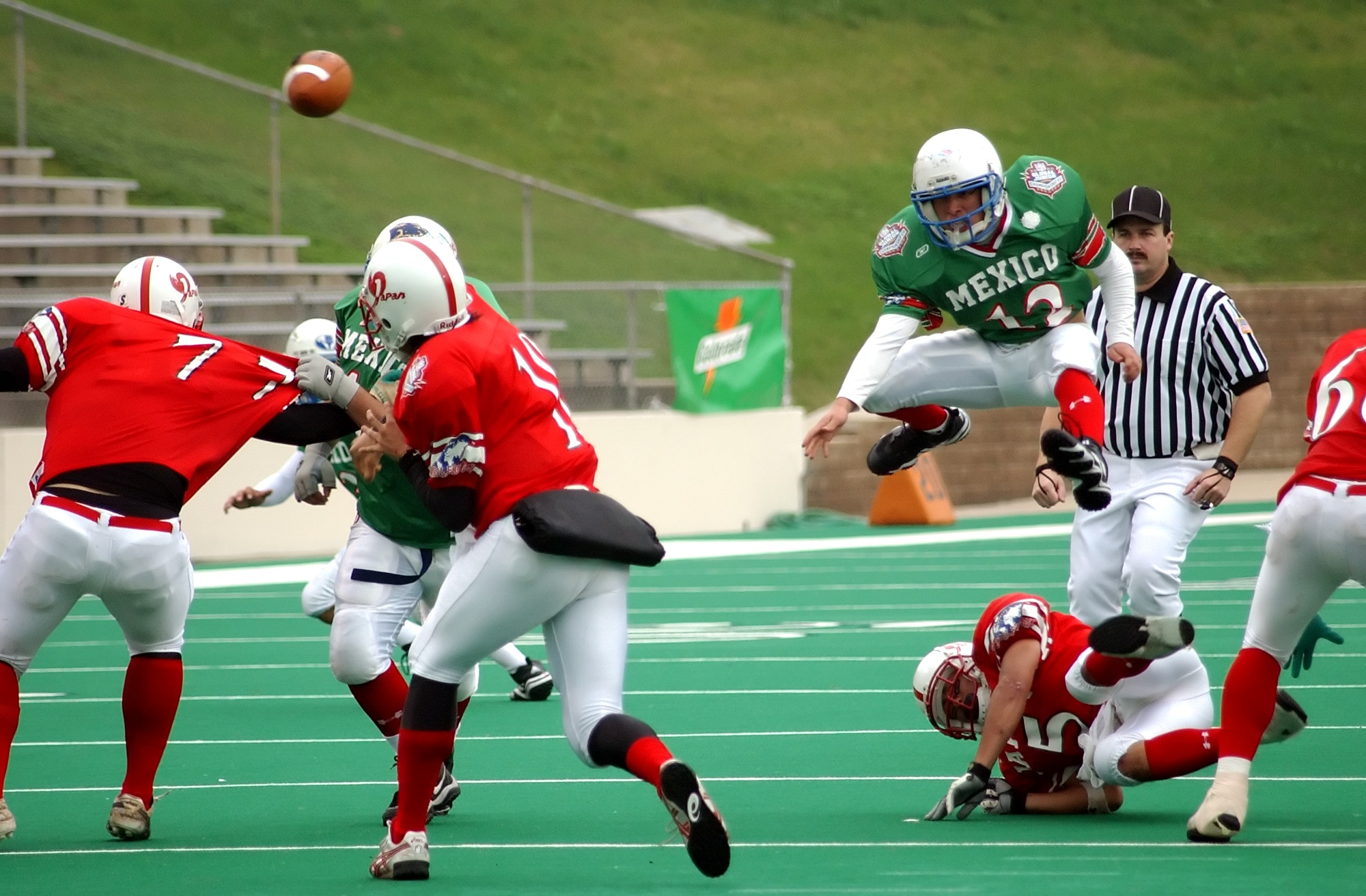 an analysis of football and baseball as american pastime Baseball vs football which is the true american pastimein todays world of big time professional sports there are the two major players and they are football represented by the national football league (nfl) and baseball represented by major league baseball (mlb.