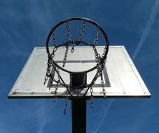 Streetball basket with chains