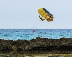 sea landing with parachute