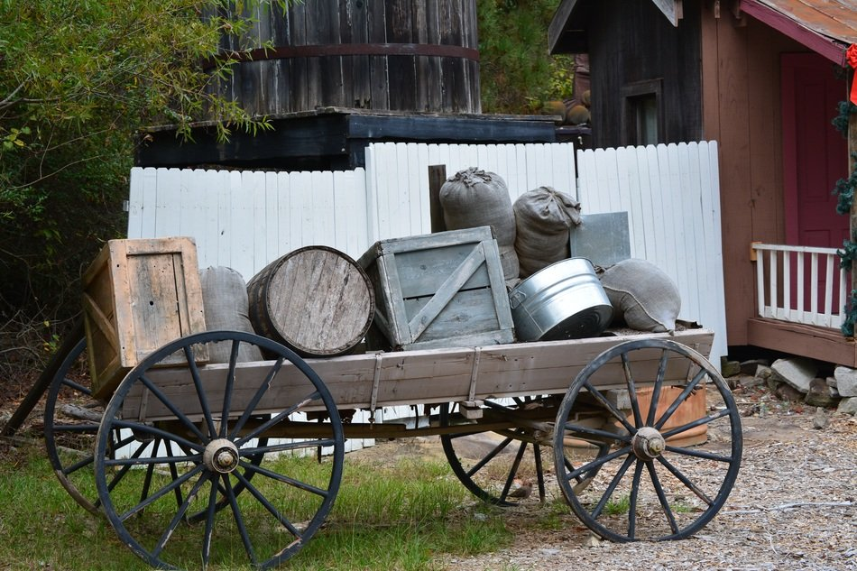 Wagon with Rustic Crates