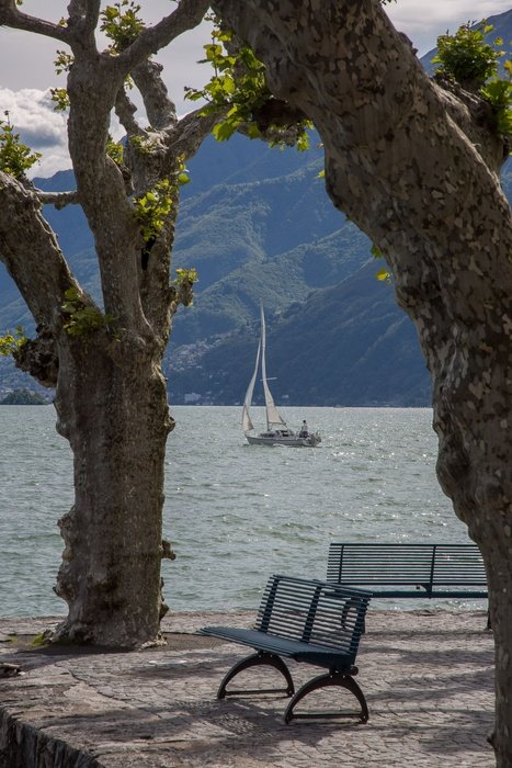 boat on the lake lago maggiore