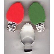 "Christmas Holiday Light Bulb Ornament Cookie Cutter for Party Favors (4"")"