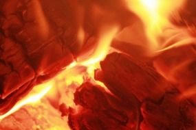 fire wood embers heat heiss