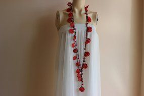 Rose Necklace-Rose Crochet Necklace-Crochet Beaded Necklace-Turkish Oya necklace-Red and Black Necklace with Coral...
