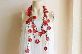 Rose Necklace-Rose Crochet Necklace-Crochet Beaded Necklace-Turkish Oya necklace-Red and Black Necklace with Coral... N4