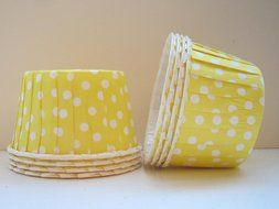 Polka Dot Candy,Ice Cream, Nut, Muffin, Cups Yellow 20ct. - Twilight Parties