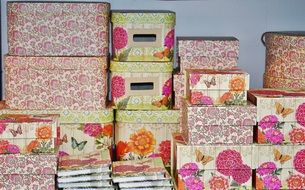 boxes books floral pattern design