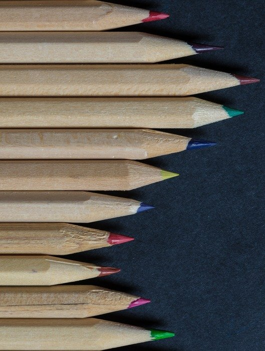 sharp pencils of different colors