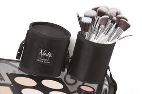 make-up brushes box