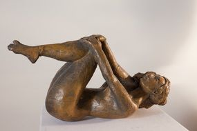 sculpture of naked woman