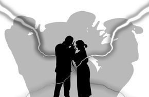 man woman silhouettes shadow drawing