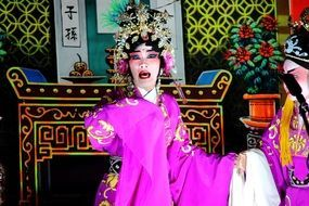 traditional chinese opera actors