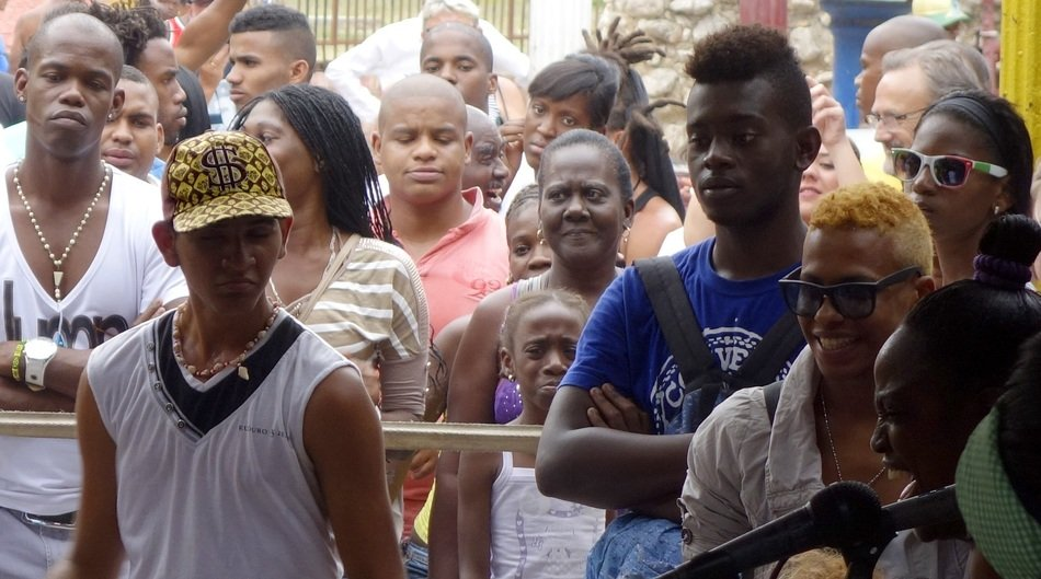 a crowd of young people in Cuba