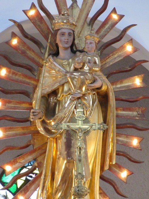 golden statue of mother of god