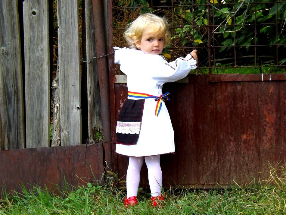 child girl tradition clothes