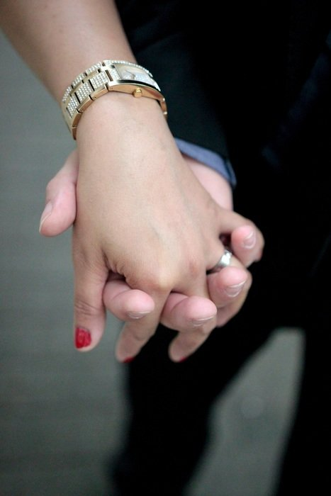 wedding ring love marriage keep hands
