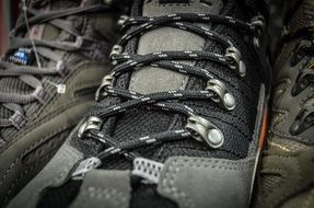 hiking shoes laces