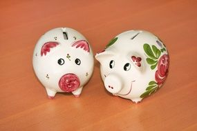 ceramic piggy banks in the form of pigs