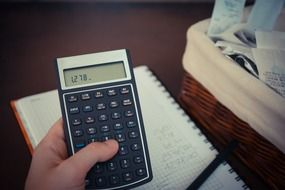 bills calculator business