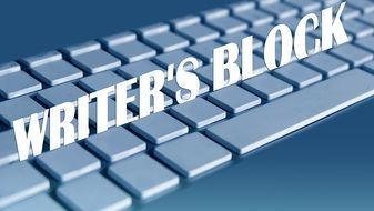 keyboard with writers blog text