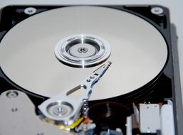 equipment for reading cd disc in computer