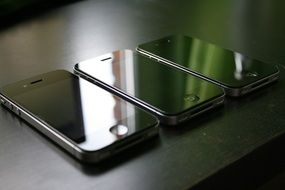 three iphone 4