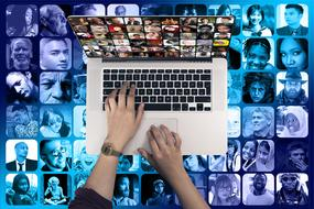 Faces Social hands laptop