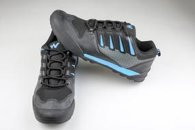 black and blue sneakers for men