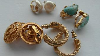 vintage earrings in different sizes