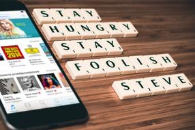 stay hungry stay foolish, Steve Jobs Quote beside of iphone