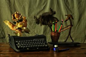 Write Machine Desk flowers