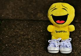 Laughing Smiley in Sneakers, soft toy