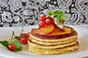 pancake with honey and berries