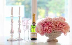 Champagne Glasses and flower
