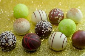 Chocolates Nibble balls