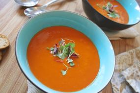 tomato soup with garlic