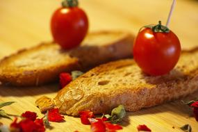 Tomato Red and Bread