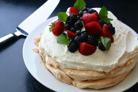 red blue Berries Pavlova Pie