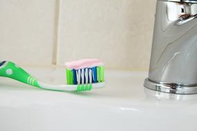 Bathroom green Brush Care