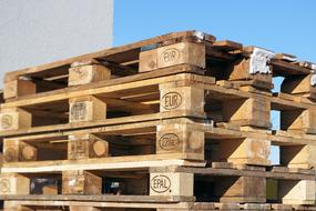 photo of a stack of euro pallets