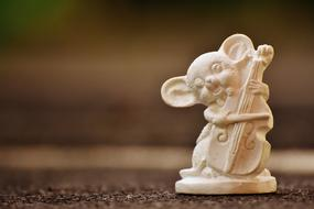 Mouse Gypsum small statue