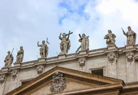 Saints Statues at top of roof of St. Peter\'s Basilica, italy, rome, vatican
