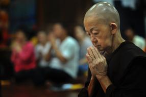 Theravada Buddhism pray