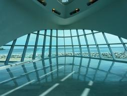 futuristic Milwaukee Art Museum