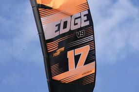 blue Sky Kite edge 17