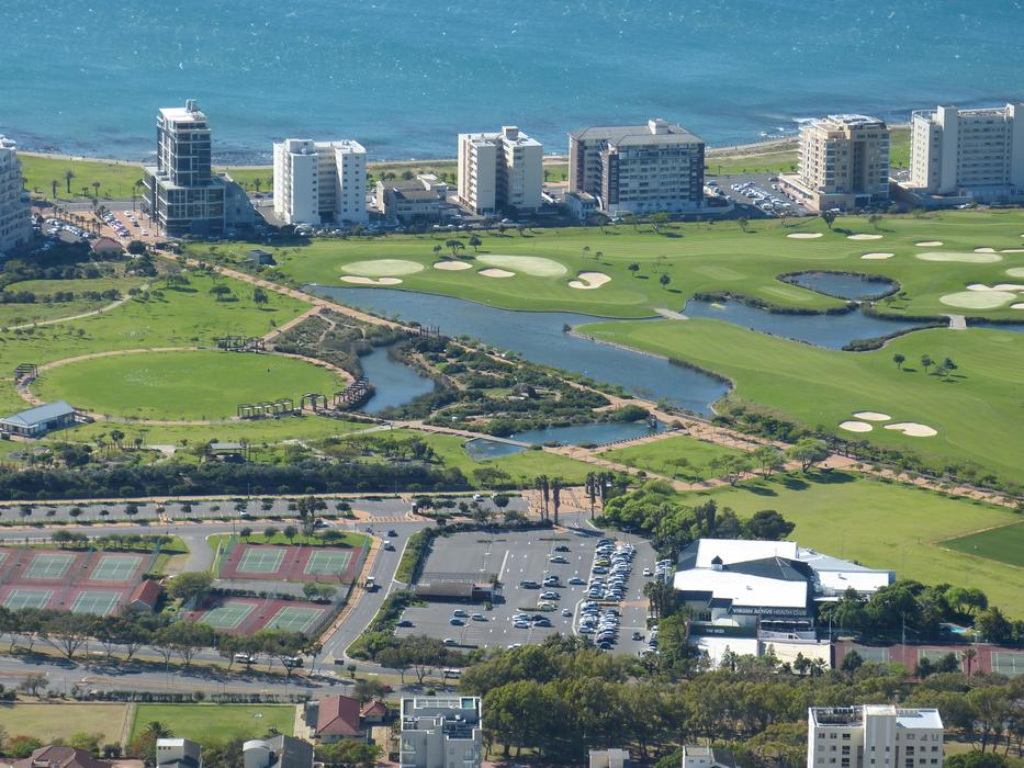 photo of a golf course in Cape Town, South Africa