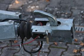 Clutch Trailer Hitch